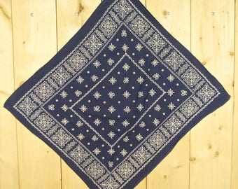 Vintage 1950's/60's Blue ELEPHANT Bandana TRUNK UP / Color Fast / Retro Collectable Rare