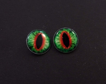 "Dragon Eye Buttons. Set of 2 Red and Green Dragon Eye Sewing Buttons.  Handmade Buttons. Shank Buttons. 3/4"" or 20 mm."