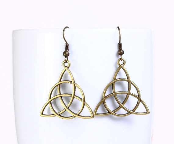 Sale Clearance 20% OFF - Antique brass celtic drop dangle earrings (547)