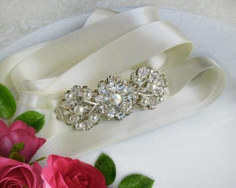 wedding dress Belt, Bridal sash, rhinestone Pearl, crystal rhinestone,  wedding gown sash, Ivory Pearl, Silver sash,  ribbon belt