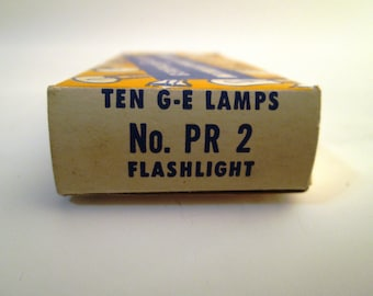 Vintage PR 2 Flashlight Bulbs, General Electric No. PR 2 Miniature Lamps, 2.38 Volt .50 Amp, New Old Stock, Tested, 15 Total Bulbs Available