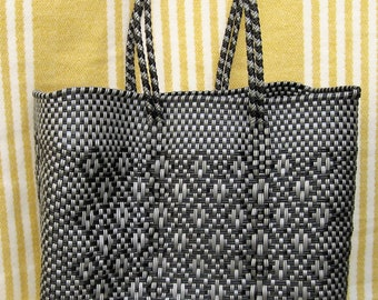 Mexican Handwoven Plastic bag Tote