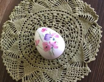 EGGCELENT Vintage Porcelain Egg Trinket Box