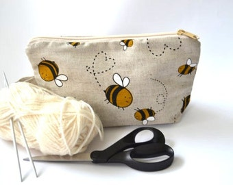 Wristlet pouch - Bee - Material Natural linen