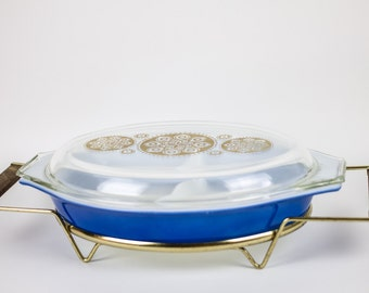 Royal Promotional Pyrex Casserole with Cradle