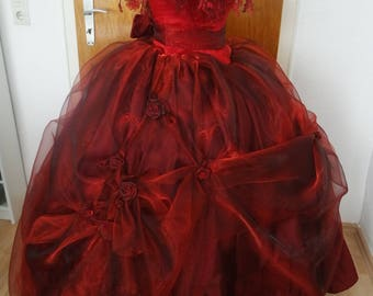 red rose ballgown / dance of the vampires / Vampire costume / cosplay / red dress