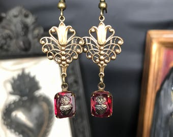 Sacred heart - red blood - miracle - relic - Holy sinner - gothic earrings