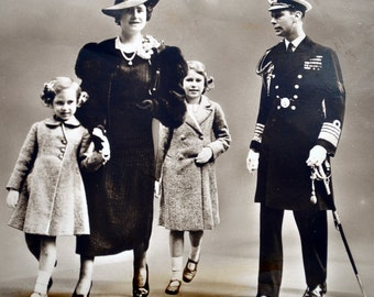 Vintage RPPC Their Majesties The King and Queen With The Royal Princesses - Real Photo Post Card