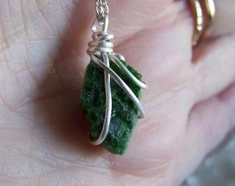 Natural Green Chrome Diopside Gemstone Crystal Necklace