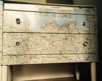 European map dressing table