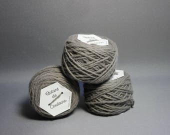 Merino Wool gray concrete, dyed natural hand