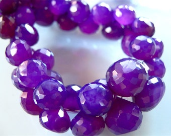 VIBRANT GRAPE CHALCEDONY 1/2 strand Faceted Onion Briolettes 8mm - 11mm semi precious gemstone beads