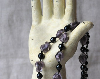 Vintage Black And Purple Glass Necklace, Twisted Glass Beads, KC116
