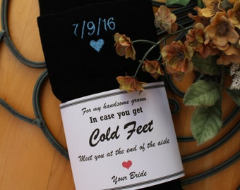 Wedding Socks, Bride Groom Intials, black, In case Cold feet label. Meet you at the end of the Aisle. Personalized Socks. grooms gift F21LB3