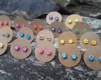 Flower earrings, ear studs, post earrings, stud earrings, studs for teenagers, tiny flower studs, everyday earrings