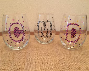 Initial dotted stemless wine glasses