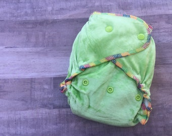 Green Bamboo Fitted Cloth Diaper- 2 inserts
