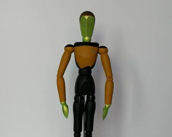 Data from star trek style wooden mannequin