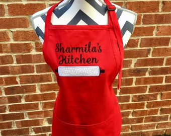 EMBROIDERED NAME APRON. Mothers Day Gift ,Personalized Apron. Full Length Apron. Kitchen Linens. White Apron. Women's Aprons.