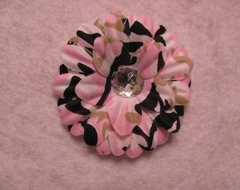 Pink Camo 2  Inch Gerber Daisy Hair Clip
