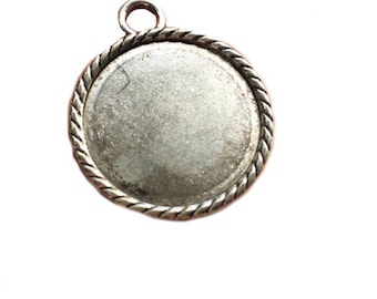 Support pendant 30mm in diameter and cabochon