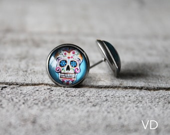 Skull earrings studs in stainless with glass cabochon