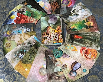 PRE-ORDER Illuminated Earth Oracle Card Deck, Oracle Deck, Tarot Deck, Tarot cards, Divination