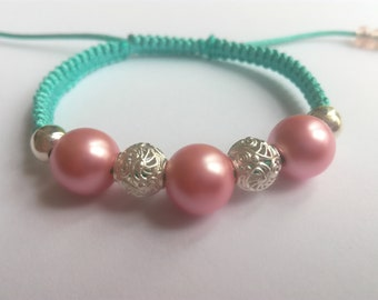 Macrame pink and green bracelet