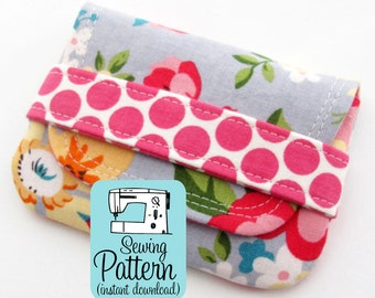 Card Wallets PDF Sewing Pattern | Make quick to sew envelope pouches to use for business cards or gift cards or to use as a mini wallet.