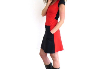 Dress with pockets, short sleeve, red and black