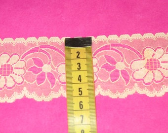 1 meter Ribbon lace beige wide 5 cm