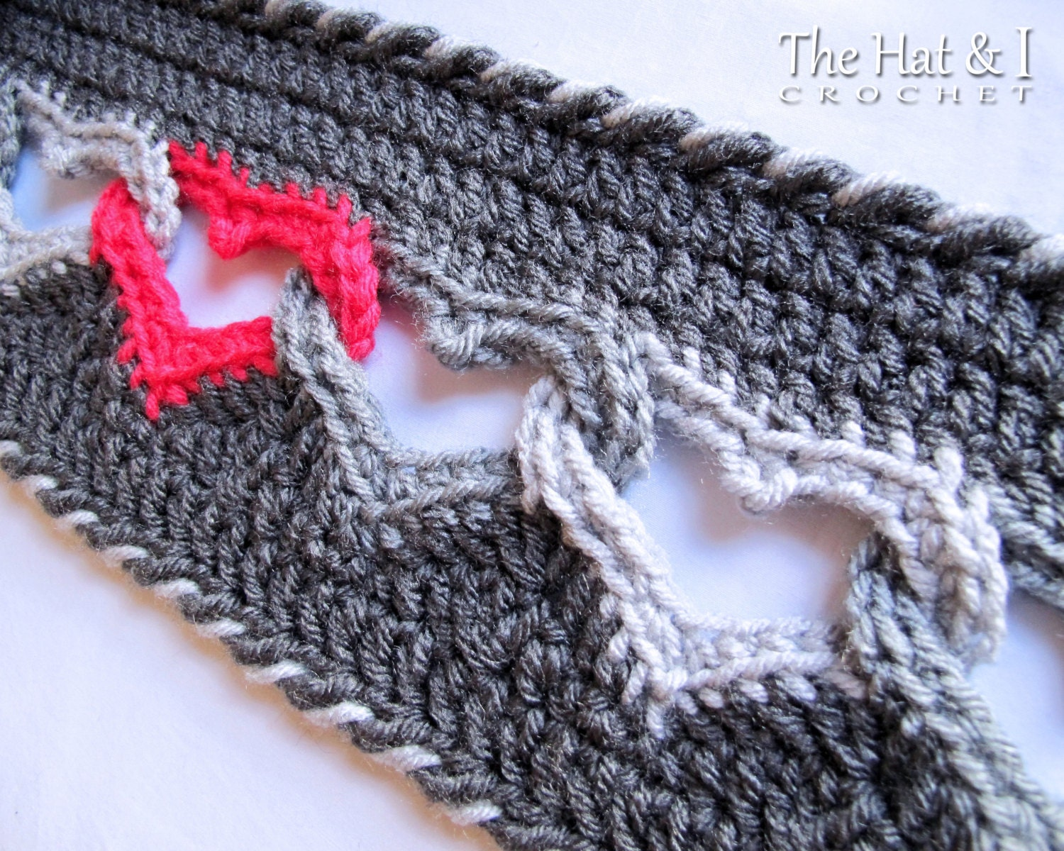 Crochet pattern sweetheart scarf a crochet heart scarf zoom bankloansurffo Images
