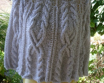 White Hooded Cape, Gr. 36-38 (S M), cable pattern