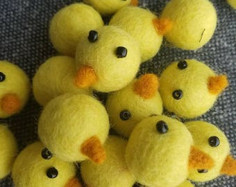 5 pieces Felted chicks. Easter chick. Chick decor. Felt chick. Felt yellow chick. Soft chick. Craft