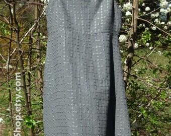 Gray Linen SUNDRESS, Vintage 1990s grunge, BOHO hippie festival dress, babydoll knee-length, side buttons, tiny flowers embroidery, X-small