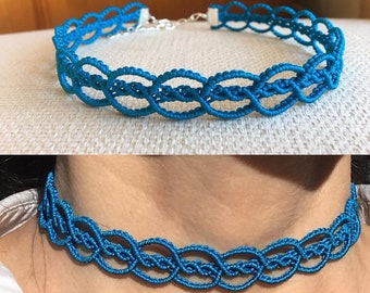 Handmade red or blue macramé choker with 0.8 mm thread