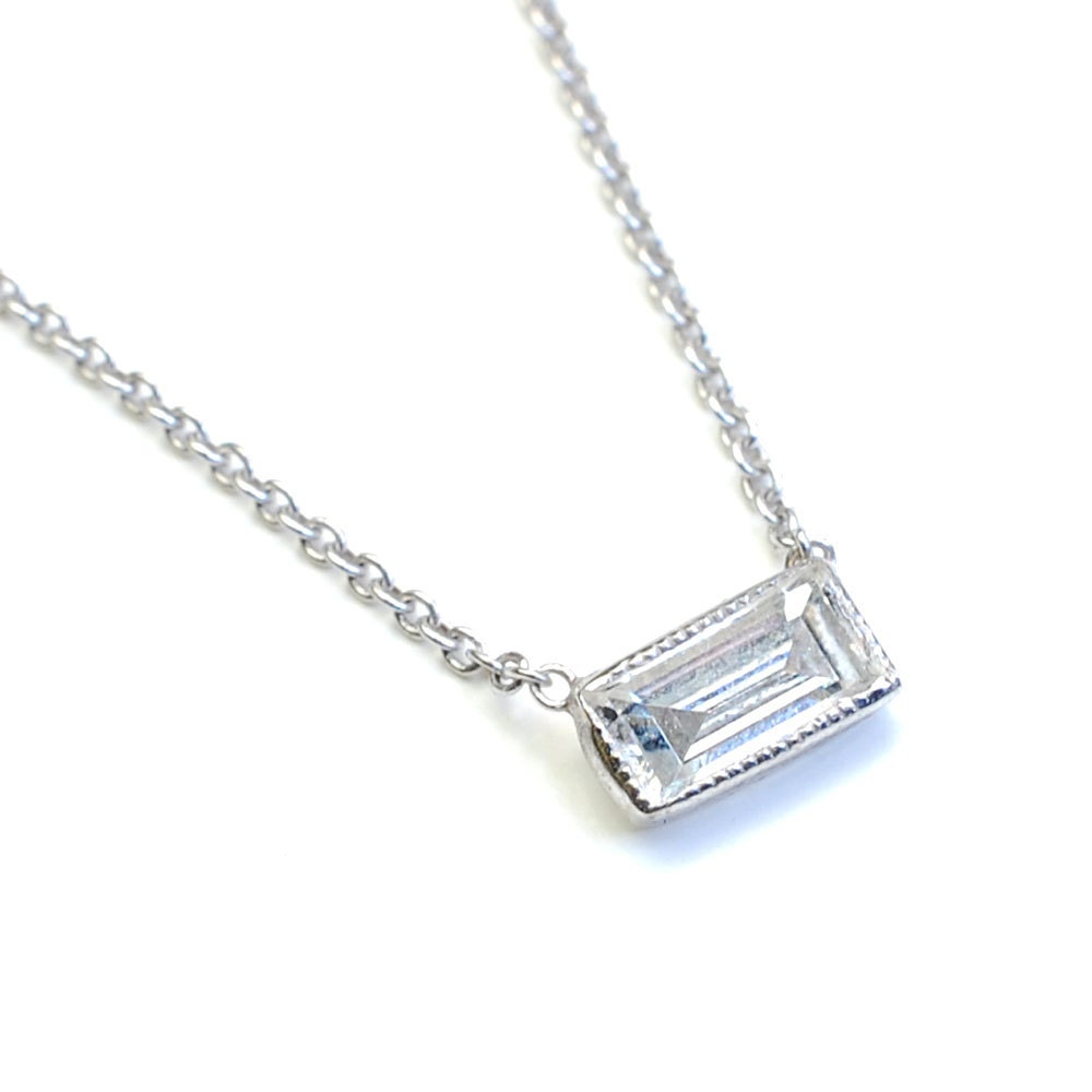 pendant carat baguette diamond white gold