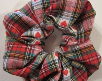 Great plaid fabric - elastic - hair scrunchie