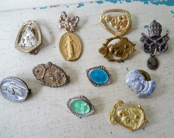 Vintage Lot of Religious Pinbacks - Collection of Religious Items - Lot of 11 Items - cheesegrits #5