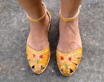 """Leather Sandals Handmade Mustard Leather Shoes Vintage Style Leather Shoes Summer """"BONECA"""""""