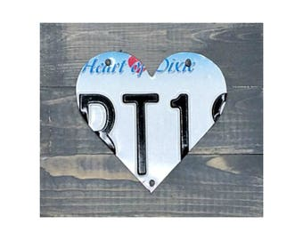 Alabama License Plate Heart Art - Alabama Souvenir - Alabama Art - Alabama Sign - Alabama Heart - Alabama Home gift - Alabama Student Gift
