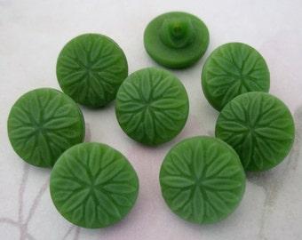 8 pcs. vintage glass green flower shank buttons 14mm - b107