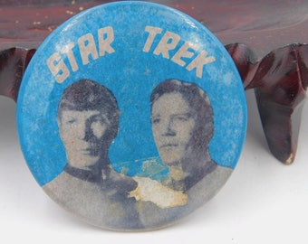Rare 1966's Vintage Star Trek Stained  Pin Pinback Button Dr58