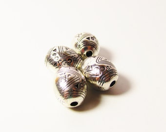 D-00650 - 4 CCB Acryl Bead oval