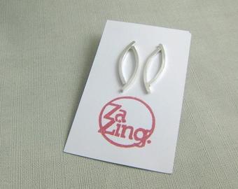 Minimalist Petal Earrings. Silver Petal Earrings. Minimalist Leaf Earrings. Silver Leaf Earrings. Contemporary, Modern. Handmade Jewelry