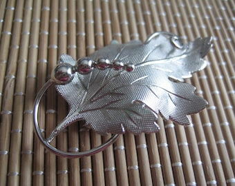 A and Z STERLING Mid Century Grape Leaf Pin with Grapes and Vine