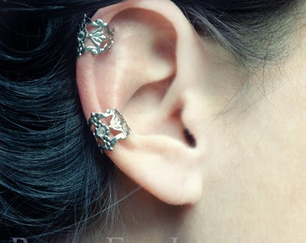 Filigree Ear Cuff Gothic Silver Tone Crystal stone accent Earring No Pierce non pierced two piece set