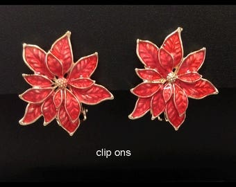 Clip On Earrings: Fashion Clip On Earrings Gold Fringed Red Poinsettia Flowers | Clip On Earrings, Costume Clip On Earrings, Earrings 198