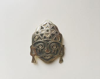 Authentic vintage Silver925 hill tribe man brooch pin