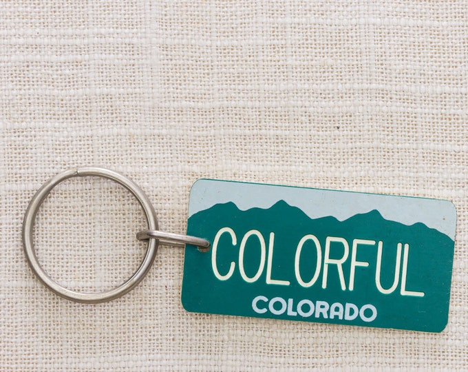 Vintage Colorado Keychain Colorful Colorado Vintage Keychain License Plate Green Simple Mountains Key FOB Plastic Key Chain 7KC